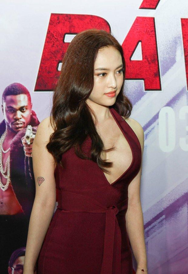 Hương Giang Idol phối màu sến sẩm - Thúy Vi già ngang ngửa trái cà đứng đầu TOP SAO MẶC XẤU tuần qua-3