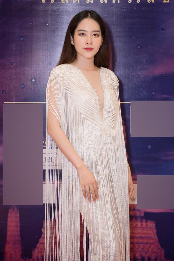 Hương Giang Idol phối màu sến sẩm - Thúy Vi già ngang ngửa trái cà đứng đầu TOP SAO MẶC XẤU tuần qua-5