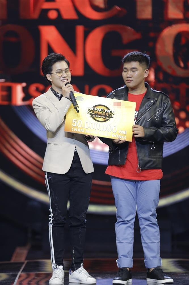 Han Sara tung chiêu hát Ông ngoại tuổi 30 song ngữ Việt Hàn chiếm giữ ghế vàng-4