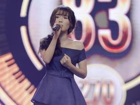 Han Sara tung chiêu hát 'Ông ngoại tuổi 30' song ngữ Việt Hàn chiếm giữ ghế vàng