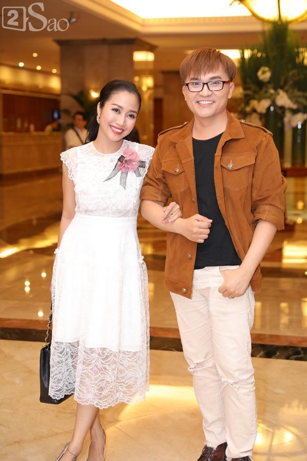 Dàn sao Việt tấp nập đến chúc mừng đám cưới con gái NSND Hồng Vân-7
