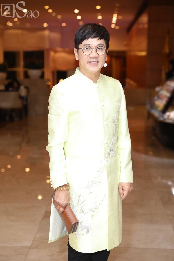 Dàn sao Việt tấp nập đến chúc mừng đám cưới con gái NSND Hồng Vân-13