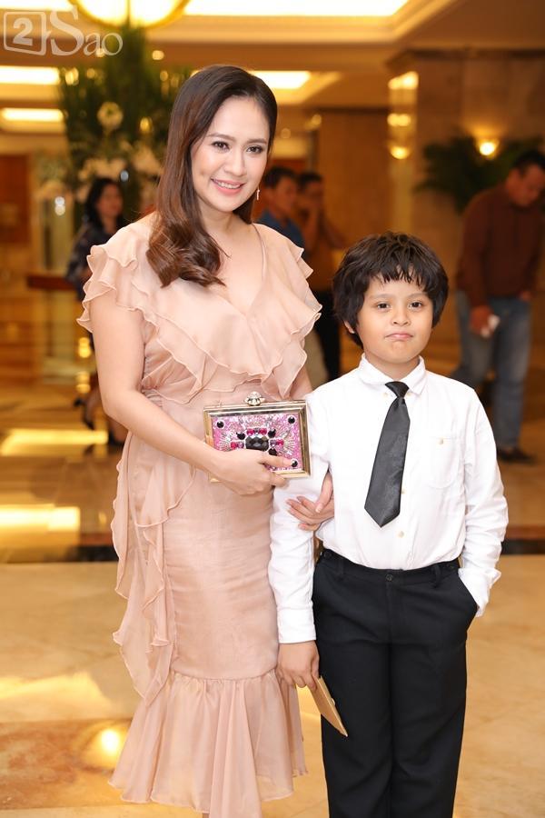 Dàn sao Việt tấp nập đến chúc mừng đám cưới con gái NSND Hồng Vân-20