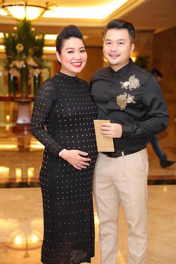 Dàn sao Việt tấp nập đến chúc mừng đám cưới con gái NSND Hồng Vân-22