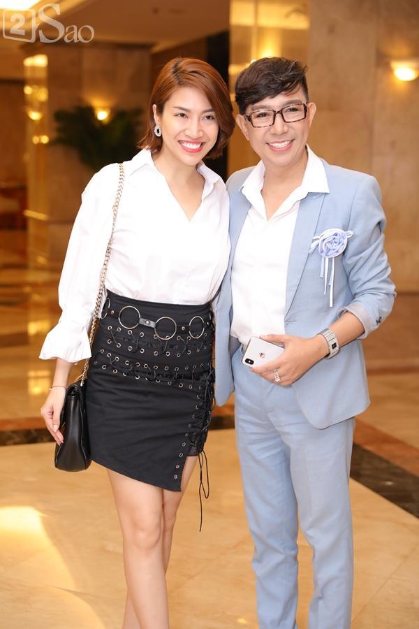 Dàn sao Việt tấp nập đến chúc mừng đám cưới con gái NSND Hồng Vân-23