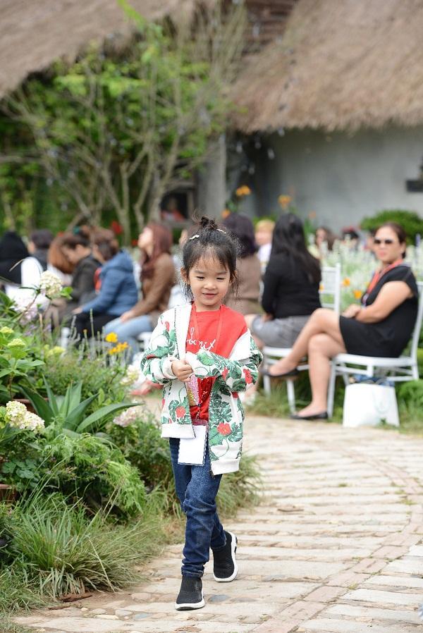 Xứng danh con nhà nòi, tài năng thiên bẩm của cậu ấm - cô chiêu nhà sao Việt khiến vạn người ngưỡng mộ-5