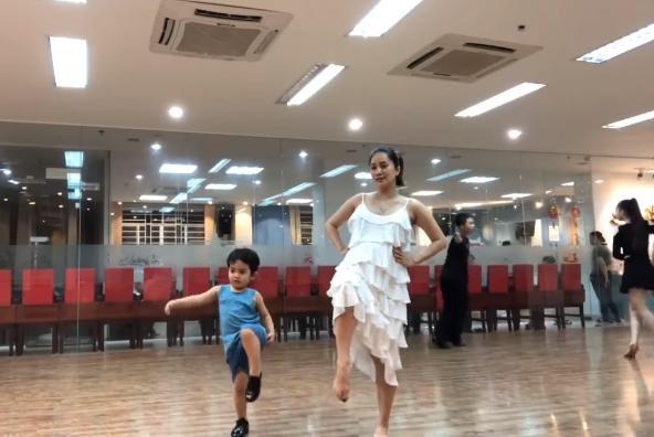 Xứng danh con nhà nòi, tài năng thiên bẩm của cậu ấm - cô chiêu nhà sao Việt khiến vạn người ngưỡng mộ-14