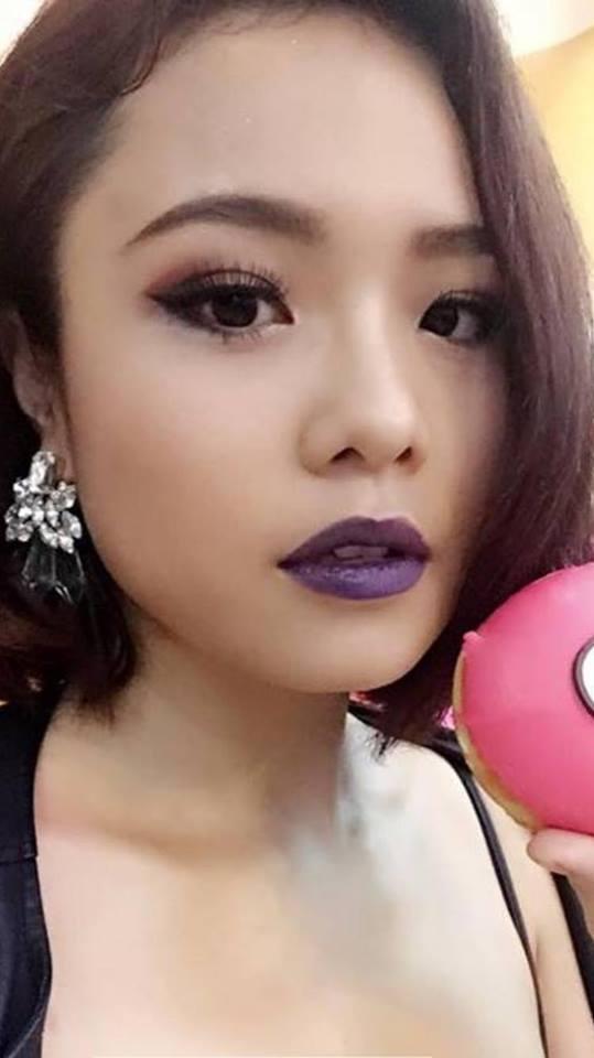 Sao Việt đọ môi thâm: kẻ như bị trúng độc, người xinh đến nghẹn lời-16