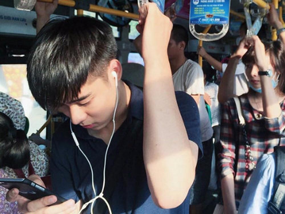 Hot boy xe bus, hot boy cầu lông một thời giờ ra sao?-4