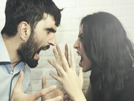 Trong lúc nóng giận, phụ nữ đừng dại nói những câu này với chồng, người yêu