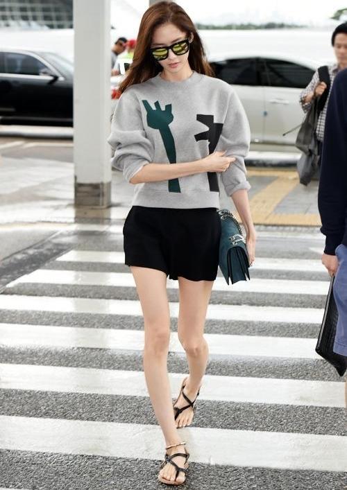 Nhan sắc nữ thần như Yoona cũng không giấu nổi khuyết điểm lớn nhất cơ thể này - ảnh 5