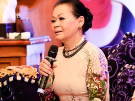 Danh ca Khánh Ly: 'Kẻ tung tin đồn tôi chết chính là những người bạn thân'