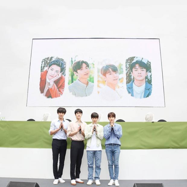 50.000 fan Thái xếp hàng dưới cái nắng chói chang: Ai nói sức hút của EXO hạ nhiệt?-5
