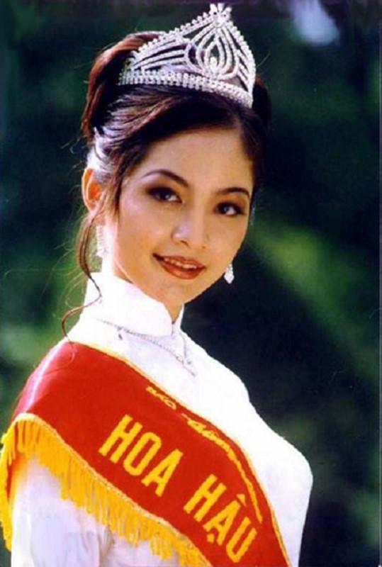 Vén màn bí mật cuộc sống sau 22 năm đăng quang Hoa hậu Việt Nam 1996 – Nguyễn Thiên Nga-1