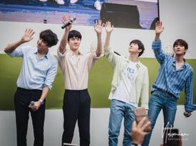 50.000 fan Thái xếp hàng dưới cái nắng chói chang: Ai nói sức hút của EXO 'hạ nhiệt'?