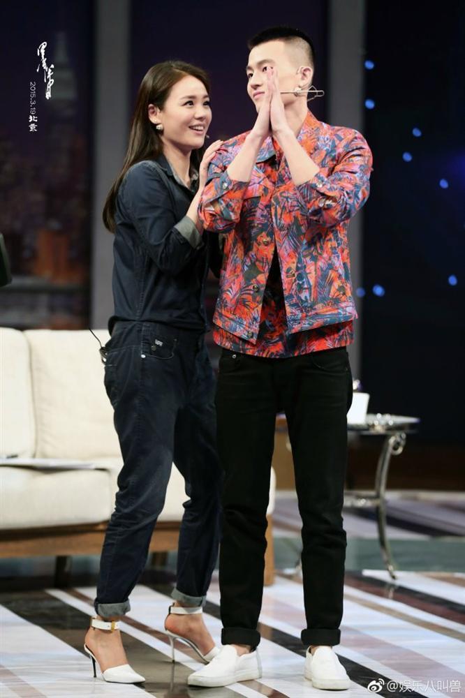 Sự kiện đình đám nhất weibo hôm nay: Ảnh hậu 9X siêu giàu công khai chia tay bạn trai nghèo khó-4
