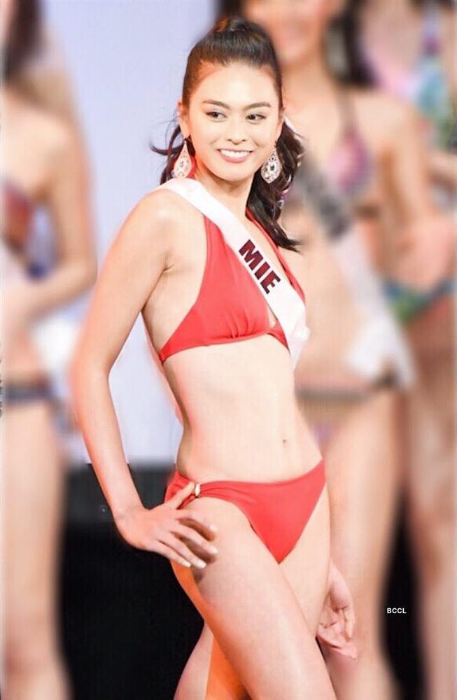 Thân hình siêu nóng bỏng của HHen Niê đang vượt mặt nhiều đối thủ đình đám tại Miss Universe 2018-17