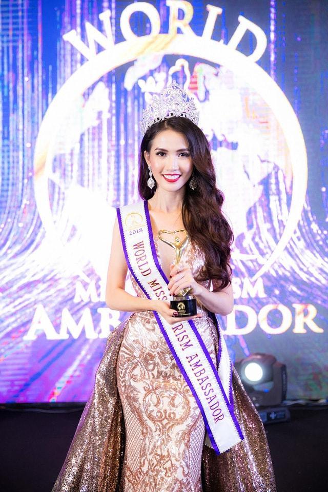 Những chiếc váy giúp Phan Thị Mơ tỏa sáng và đăng quang Hoa hậu Đại sứ Du lịch Thế giới 2018 - ảnh 1