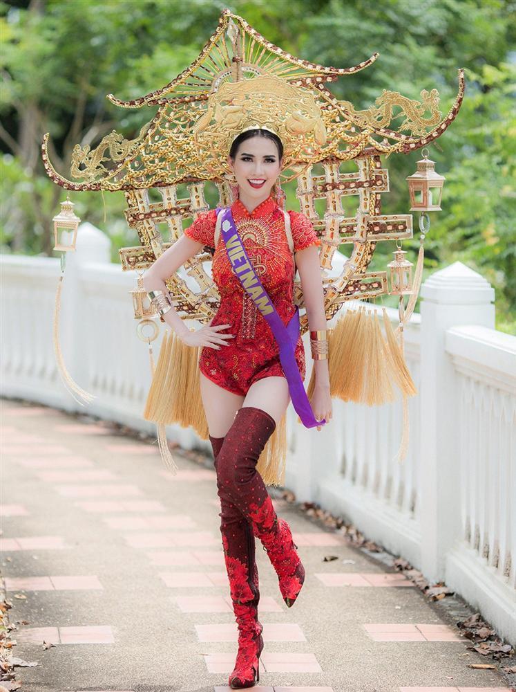 Những chiếc váy giúp Phan Thị Mơ tỏa sáng và đăng quang Hoa hậu Đại sứ Du lịch Thế giới 2018 - ảnh 6