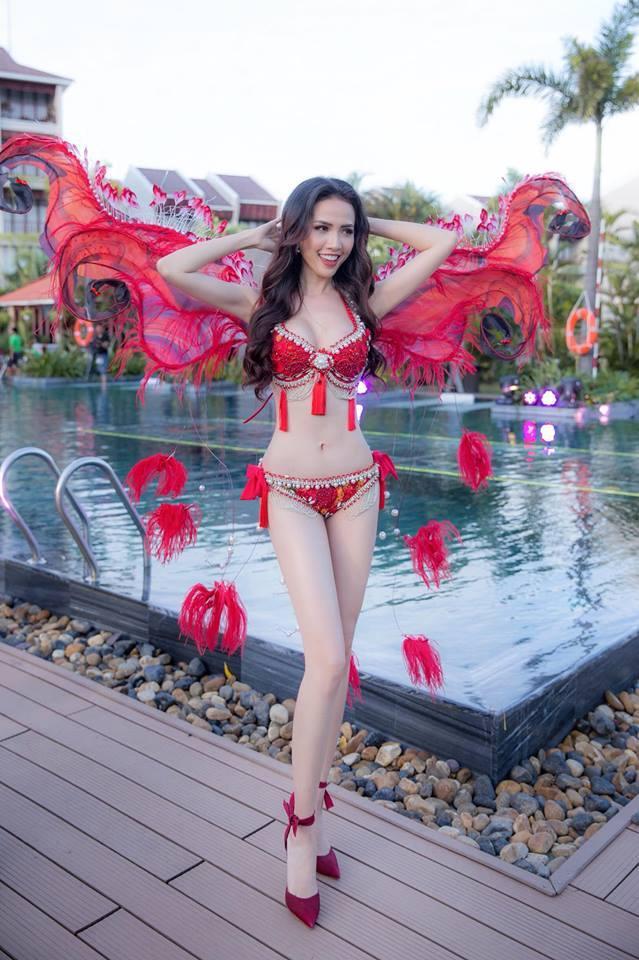 Những chiếc váy giúp Phan Thị Mơ tỏa sáng và đăng quang Hoa hậu Đại sứ Du lịch Thế giới 2018-8