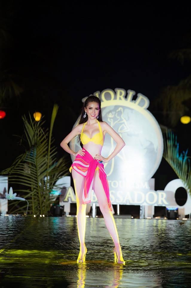 Những chiếc váy giúp Phan Thị Mơ tỏa sáng và đăng quang Hoa hậu Đại sứ Du lịch Thế giới 2018 - ảnh 10