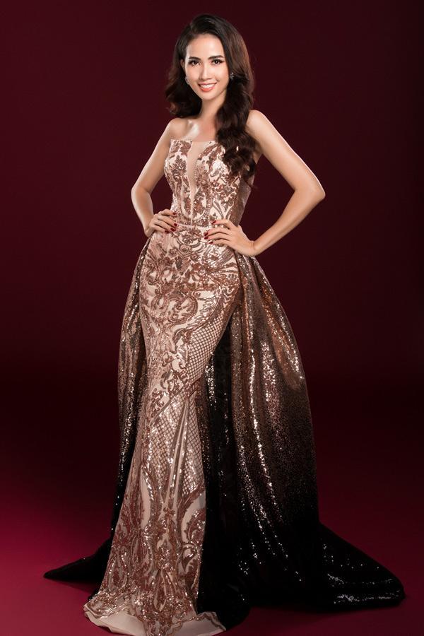 Những chiếc váy giúp Phan Thị Mơ tỏa sáng và đăng quang Hoa hậu Đại sứ Du lịch Thế giới 2018 - ảnh 2