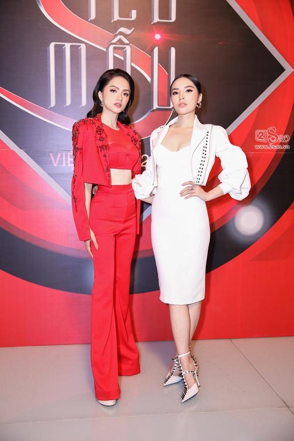 Song hậu Hương Giang - Kỳ Duyên bất ngờ trở thành huấn luyện viên Siêu mẫu Việt Nam 2018-7