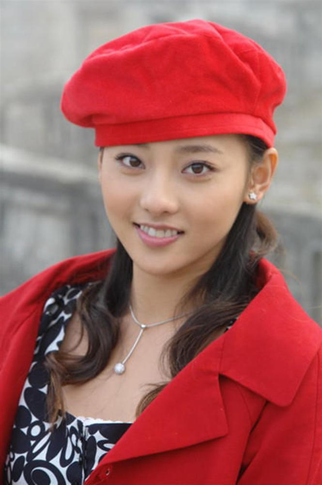 Trương Gia Nghê - từ nữ chính xấu nhất phim Quỳnh Dao đến mỹ nhân đẹp nhất Diên Hi Công Lược-4