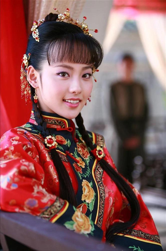 Trương Gia Nghê - từ nữ chính xấu nhất phim Quỳnh Dao đến mỹ nhân đẹp nhất Diên Hi Công Lược-6