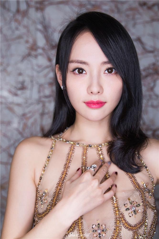 Trương Gia Nghê - từ nữ chính xấu nhất phim Quỳnh Dao đến mỹ nhân đẹp nhất Diên Hi Công Lược-10