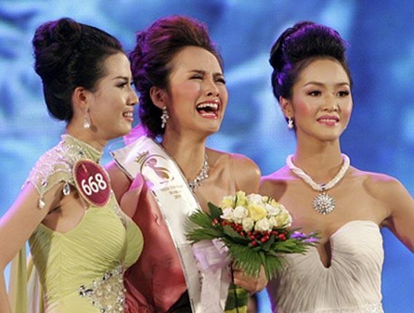 ÍT AI BIẾT: Tân Hoa hậu Đại sứ Du lịch Thế giới Phan Thị Mơ từng bị Đặng Thu Thảo và Diễm Hương hạ đo ván-6