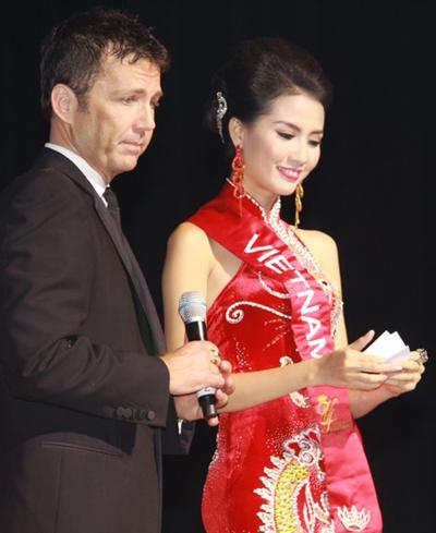 ÍT AI BIẾT: Tân Hoa hậu Đại sứ Du lịch Thế giới Phan Thị Mơ từng bị Đặng Thu Thảo và Diễm Hương hạ đo ván-8