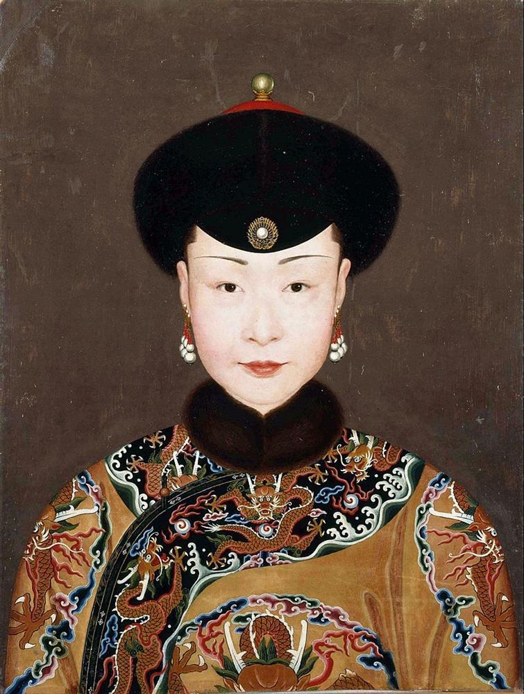 Phạm Băng Băng - Xa Thi Mạn - Châu Tấn: Ai mới là Kế Hoàng Hậu đẹp nhất trên màn ảnh?-1