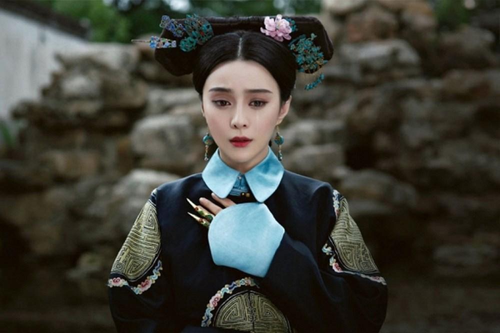 Phạm Băng Băng - Xa Thi Mạn - Châu Tấn: Ai mới là Kế Hoàng Hậu đẹp nhất trên màn ảnh?-3