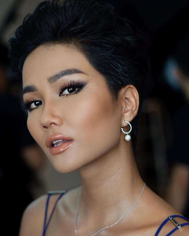 Góc mặt 3/4 đẹp xuất sắc là lợi thế giúp HHen Niê tỏa sáng tại Miss Universe 2018-8