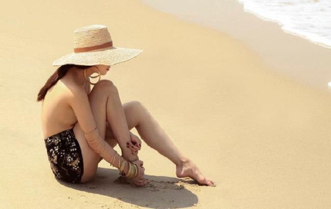 Những lần mặc bán nude nghẹt thở của Elly Trần, thánh nữ Mì Gõ - ảnh 10