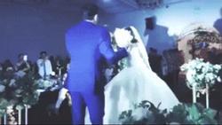 Đám cưới cặp đôi Đà Nẵng gây bão mạng khi cô dâu đọc chuẩn như rapper, chú rể hát hay như ca sĩ
