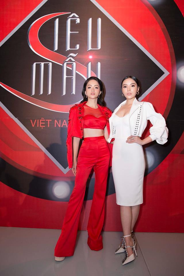Hoa hậu Hương Giang chuộng đồ khoe eo 56cm có đẹp bằng Ngọc Trinh? - ảnh 4