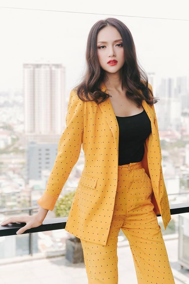 Hoa hậu Hương Giang chuộng đồ khoe eo 56cm có đẹp bằng Ngọc Trinh? - ảnh 5