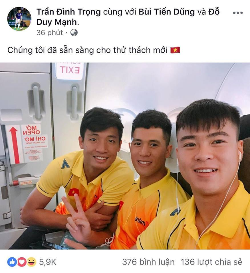 Dàn cầu thủ U23 VN đồng loạt đăng ảnh trước khi tham dự ASIAD 2018-6