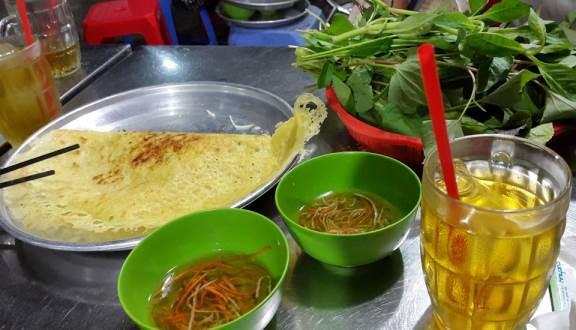Quán ăn trong hẻm nhỏ khách kéo đến nườm nượp ở Sài Gòn-3