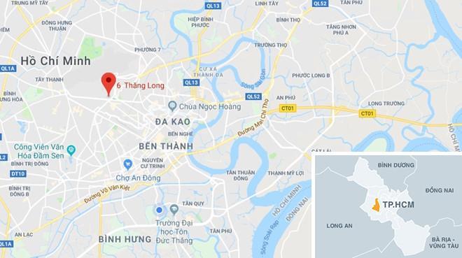 Cháy bãi xe gần sân bay Tân Sơn Nhất, nhiều ôtô bị thiêu rụi-5