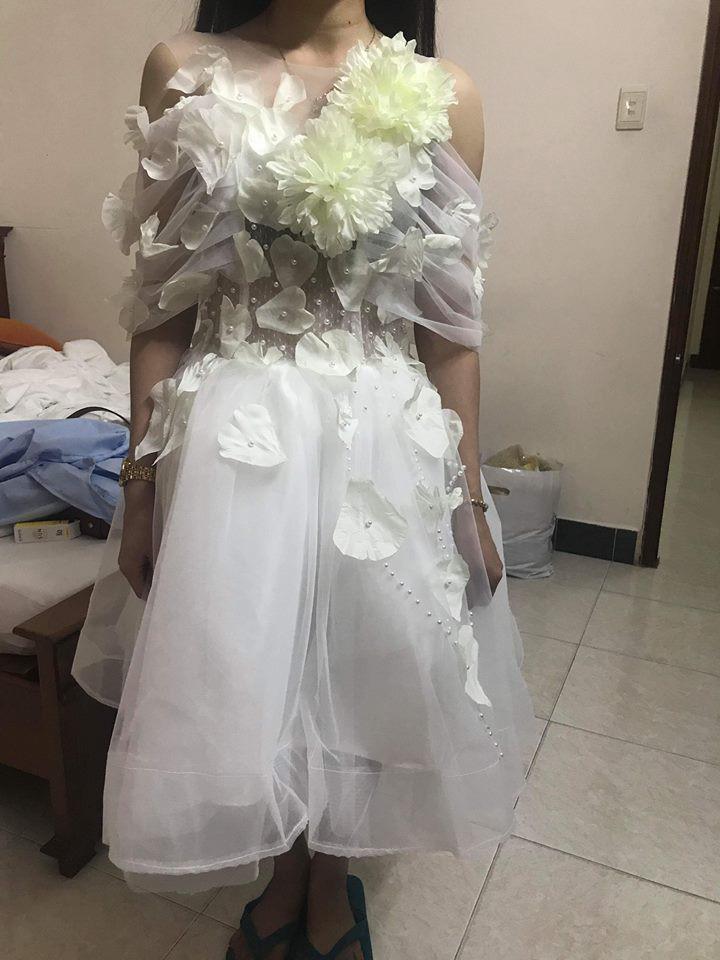 Đặt 2 bộ đầm sau khi xem livestream bán hàng online, thứ cô gái Đà Nẵng nhận về thật đáng sợ-3