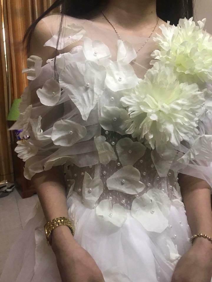 Đặt 2 bộ đầm sau khi xem livestream bán hàng online, thứ cô gái Đà Nẵng nhận về thật đáng sợ-4