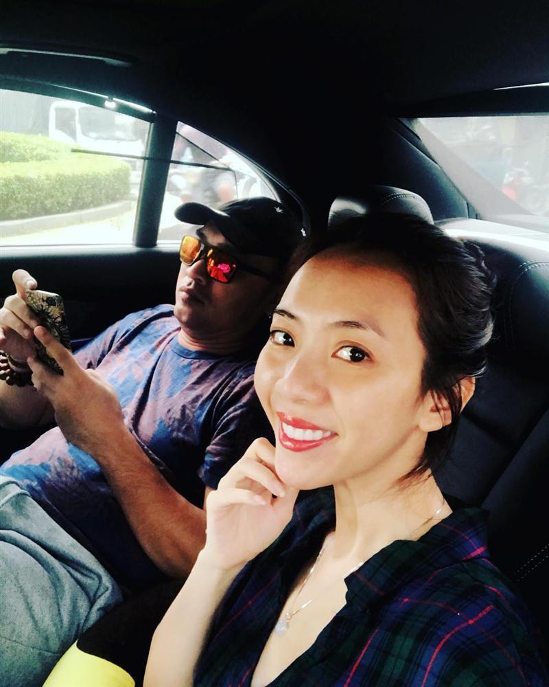 Vợ chồng Thu Trang và Tiến Luật tình tứ bên nhau sau ồn ào cãi vã-1
