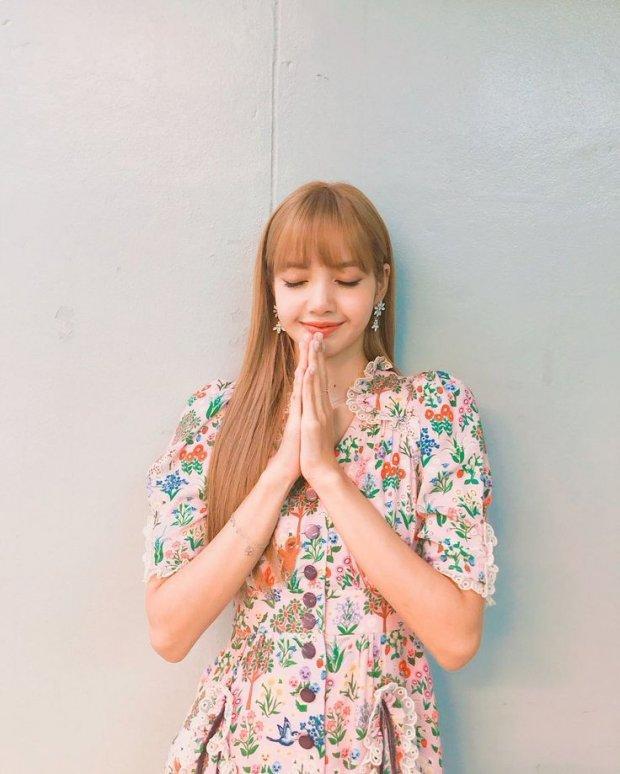 Tất cả đều biết Lisa (BlackPink) bật khóc tại fansign Thái nhưng lý do thì không phải ai cũng tỏ tường-8