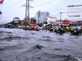 Bão số 4 gây mưa cực lớn ở Bắc Bộ, cảnh báo tái ngập nặng ở Chương Mỹ