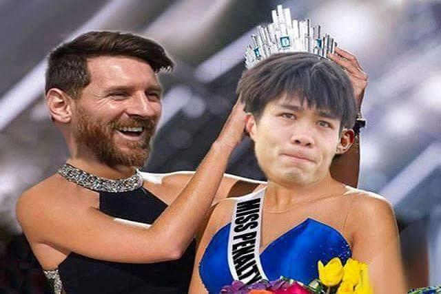 Ảnh chế Messi trao vương miện trượt penalty cho Công Phượng-6