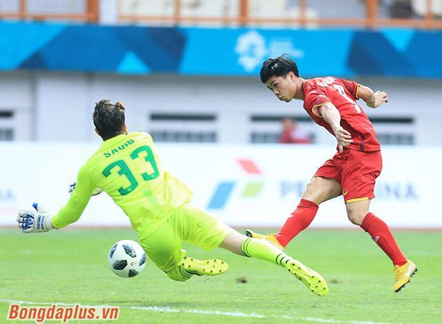 Hòa Minzy quẩy tưng bừng khi Công Phượng ghi bàn giúp U23 Việt Nam chiến thắng vẻ vang-1