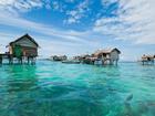 Khách sạn nổi giữa đại dương ở vùng Caribbean